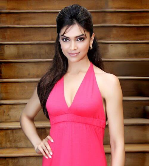 Deepika Padukone with half up half down hairstyle